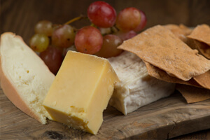 ICEBAR_cheese_board